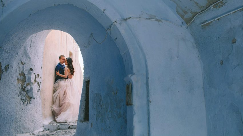 A whimsical fall wedding in Santorini