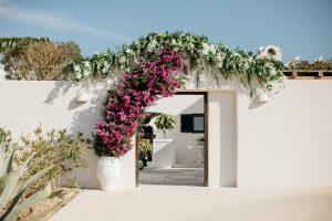 Elegant-Greek-folk-wedding-in-Antiparos-by-Rock-Paper-Scissors-Events-16 5