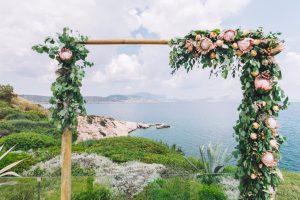 Unique-Wedding-Flowers-Decoration-4-1024x683 5