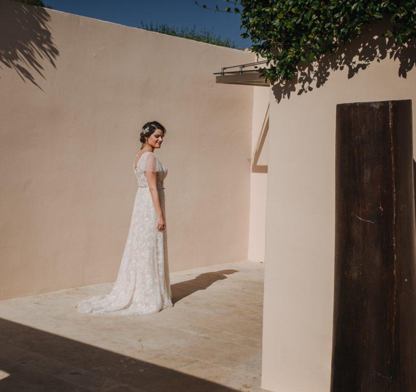 A lavender elegant micro wedding in the Athenian Riviera