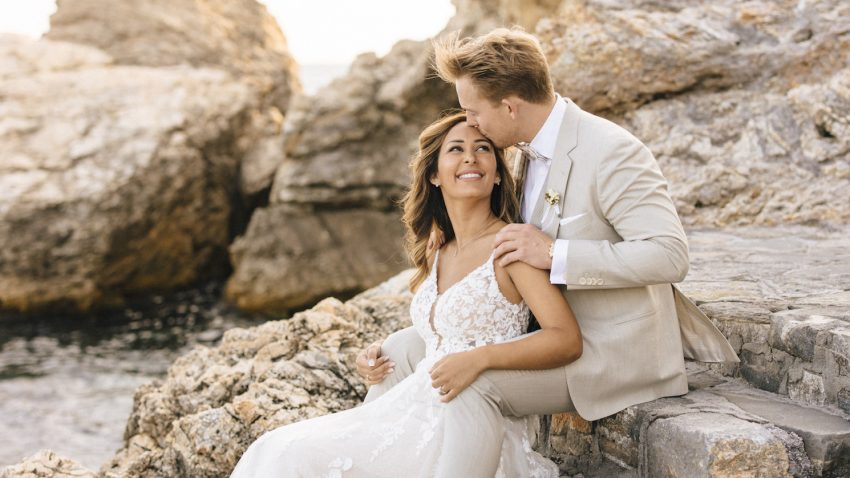 An elegant boho wedding at the grand Peninsula of Athenian Riviera