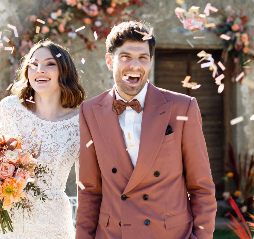 Spring wedding in Athens, at Pyrgos Melissourgou
